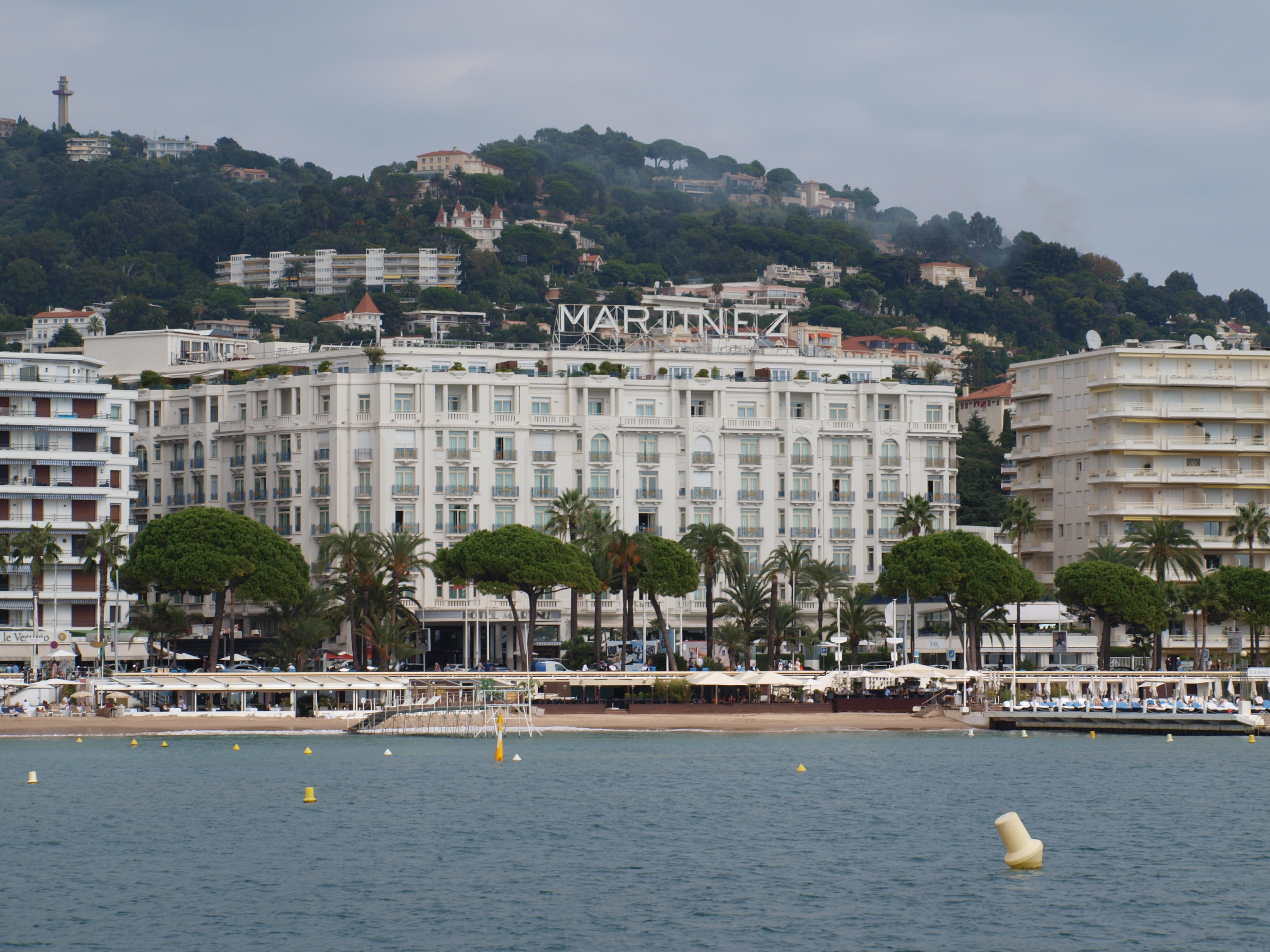 Rencontre amicale cannes
