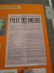 Les maisons de tolérance donnent lieu à des arrêtés...